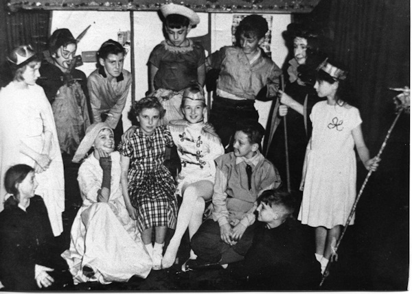 Hansel & Gretel 1952-53